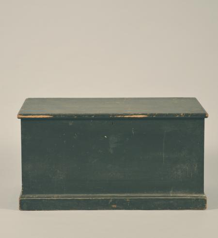 Green Blanket Chest or Box - A15387
