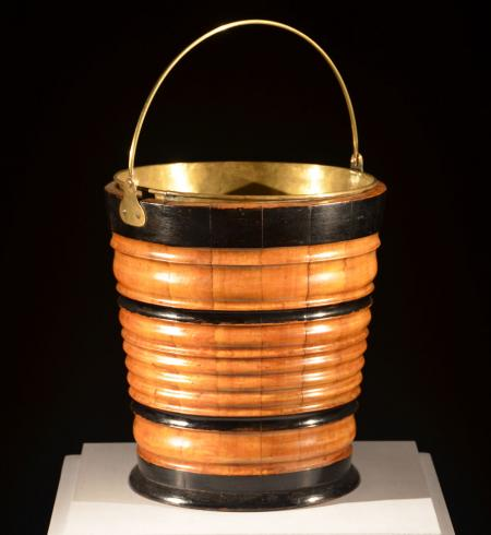 Walnut Bucket - A15842